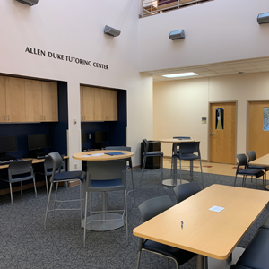 allen duke tutoring center atrium with tables and computers